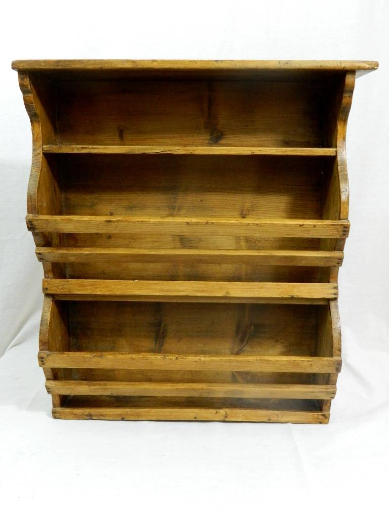 19th Century French Three-Tier Hanging Wall Shelf In Good Condition For Sale In Savannah, GA