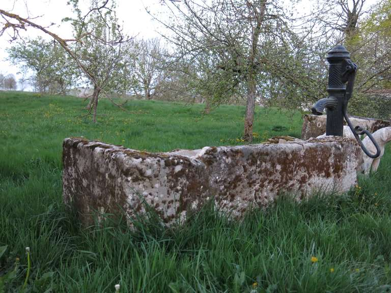 18th Century and Earlier French Fountain in Limestone and Iron Water-Pump, 18th - 19th Century France For Sale