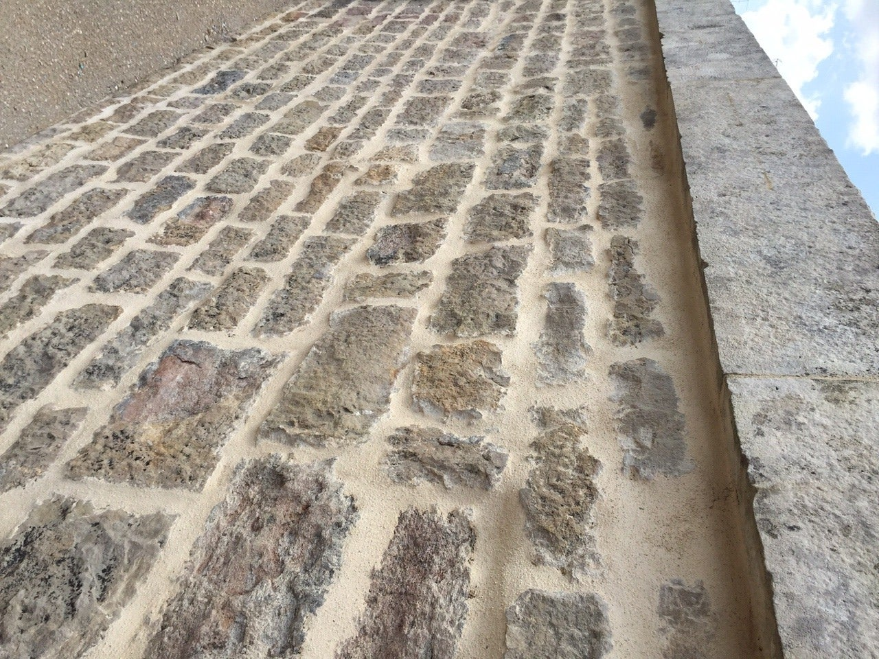 French Antique Limestone Wall Surround, 18th Century, France For Sale 1