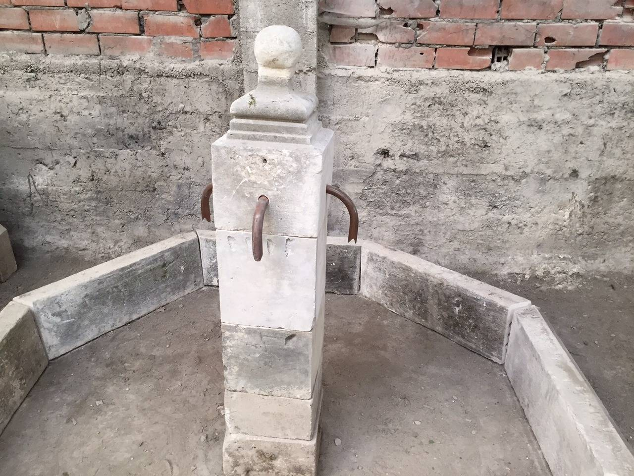 Hand-Crafted French Antique Limestone Fountain, 20th Century, France For Sale