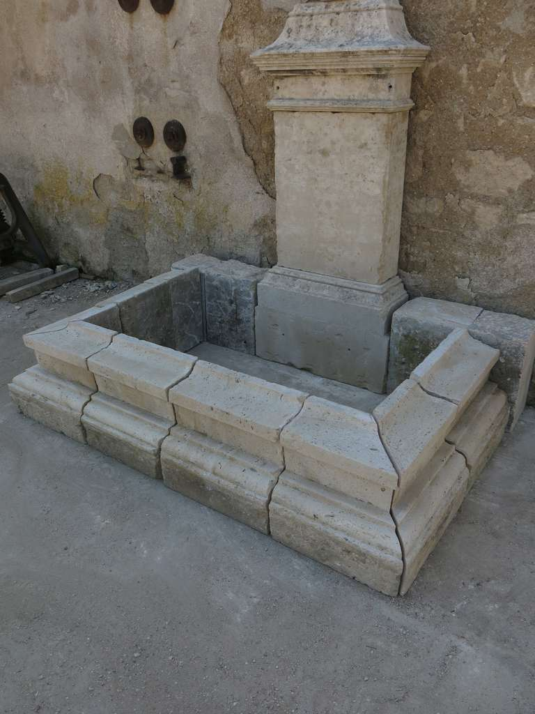 Hand-Carved Louis XIV Style Fountain in Limestone, France. For Sale