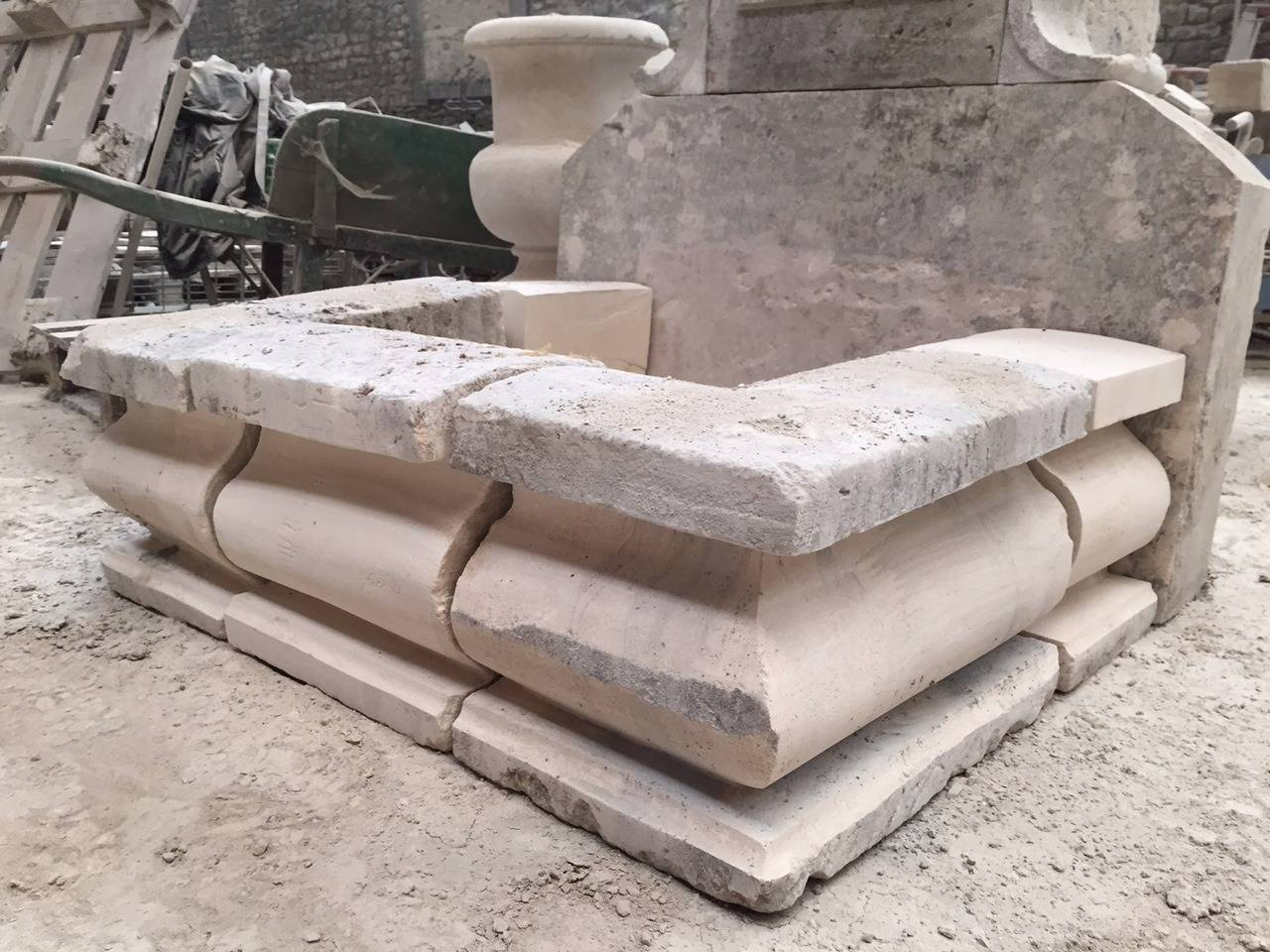 French Limestone Fountain, 20th Century, France In Good Condition For Sale In LOS ANGELES, CA