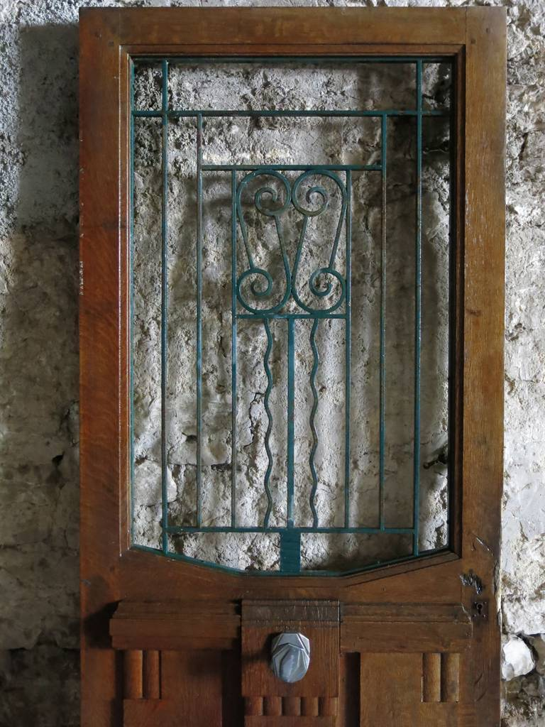 French Art Nouveau Style Front-Door In Wood & Iron Circa 1900s, Paris-France.'. 7