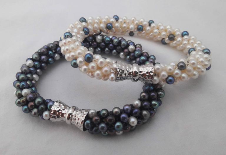 Artist Marina J. Black and White Pearl Rope Necklace / 2 bracelets with Sterling Silver For Sale