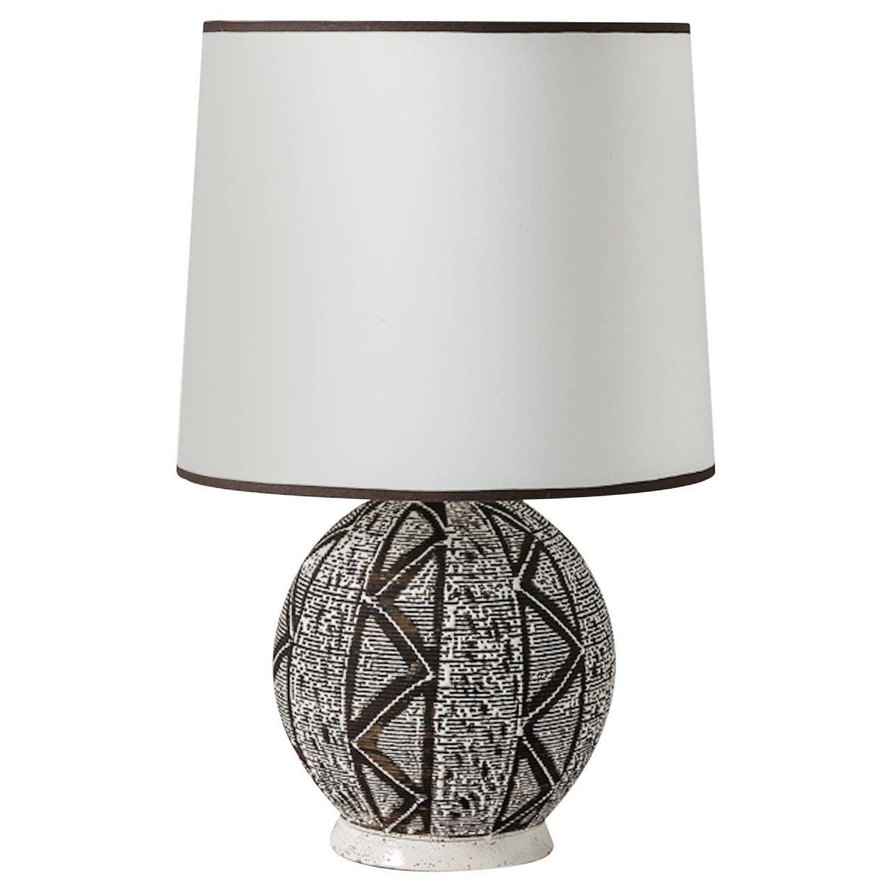 Interesting Africanist Ceramic Lamp, circa 1930-1940, Attributed to Primavera