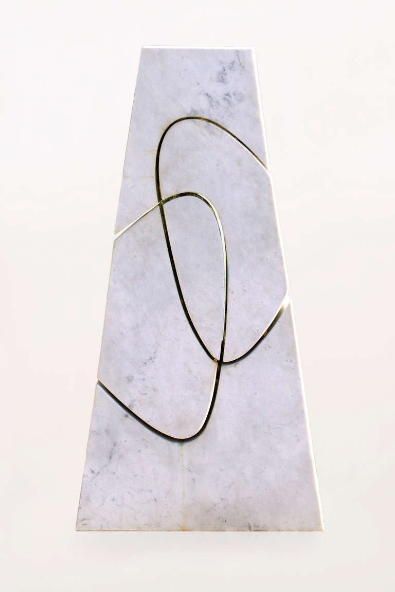 Exceptional sculpture by Angelo Mangiarotti, Italy, circa 2006 Unique piece. Provenance : Special order for Mangiarotti editor. Carrara marble. Mangiarotti has worked for Cassina, Poltranova, Snaiidero, etc. When he moved to the United States