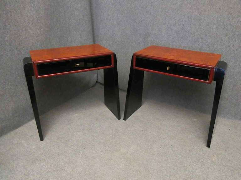 Pair of Art Deco Glass and Wood Austrian Nightstands, 1930 For Sale 4
