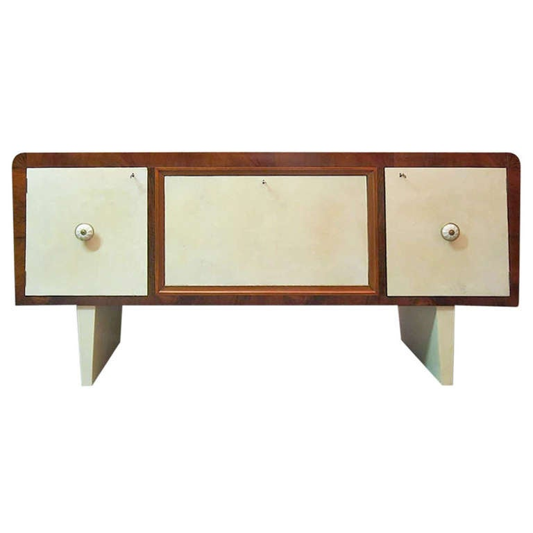 1940s Walnut and Parchment Leather Art Deco italian Sideboard