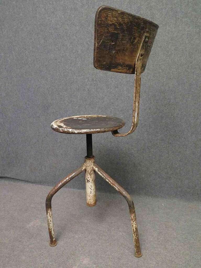 Fantastic 1960S Round Metal Italian Midcentury Industrial Stool Inzonedesignstudio Interior Chair Design Inzonedesignstudiocom