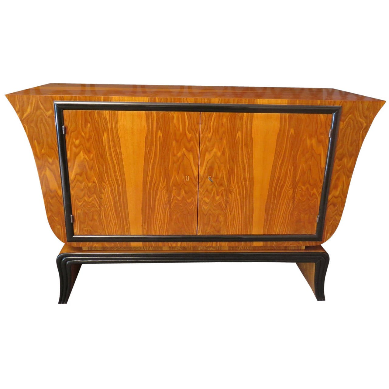 italian sideboard art deco at 1stdibs. Black Bedroom Furniture Sets. Home Design Ideas