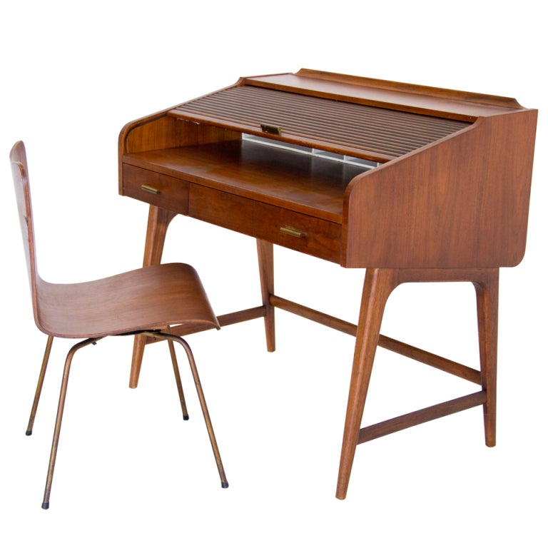 Boy S Desk And Chair At 1stdibs
