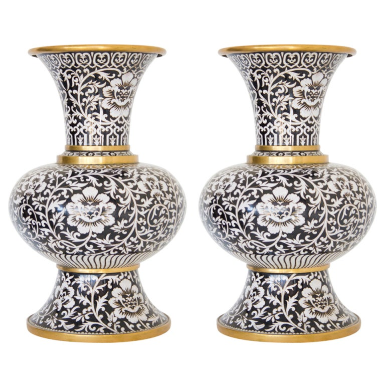 pair of cloisonne arabesk vases at 1stdibs. Black Bedroom Furniture Sets. Home Design Ideas
