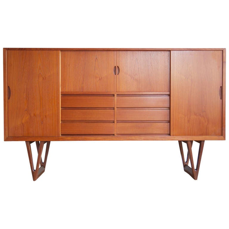 high teak sideboard by h w klein for bramin m bler at 1stdibs. Black Bedroom Furniture Sets. Home Design Ideas