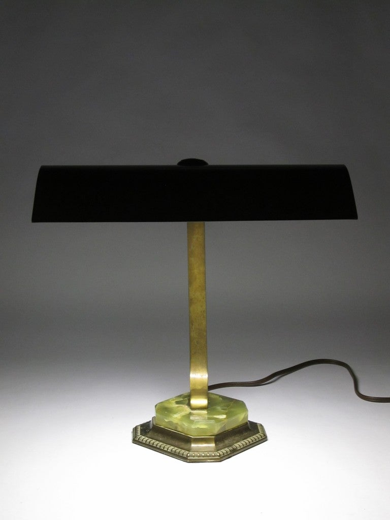 193039s brass and green marble quotbankersquot desk lamp at 1stdibs for Chair table lamp yonge st