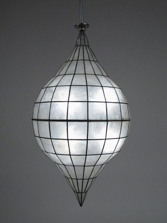 Capiz lighting fixtures large capiz shell ceiling for Shell ceiling light fixtures