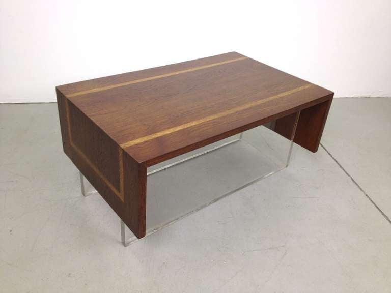 Unique walnut coffee cocktail table with lucite feet at for Unusual cocktail tables