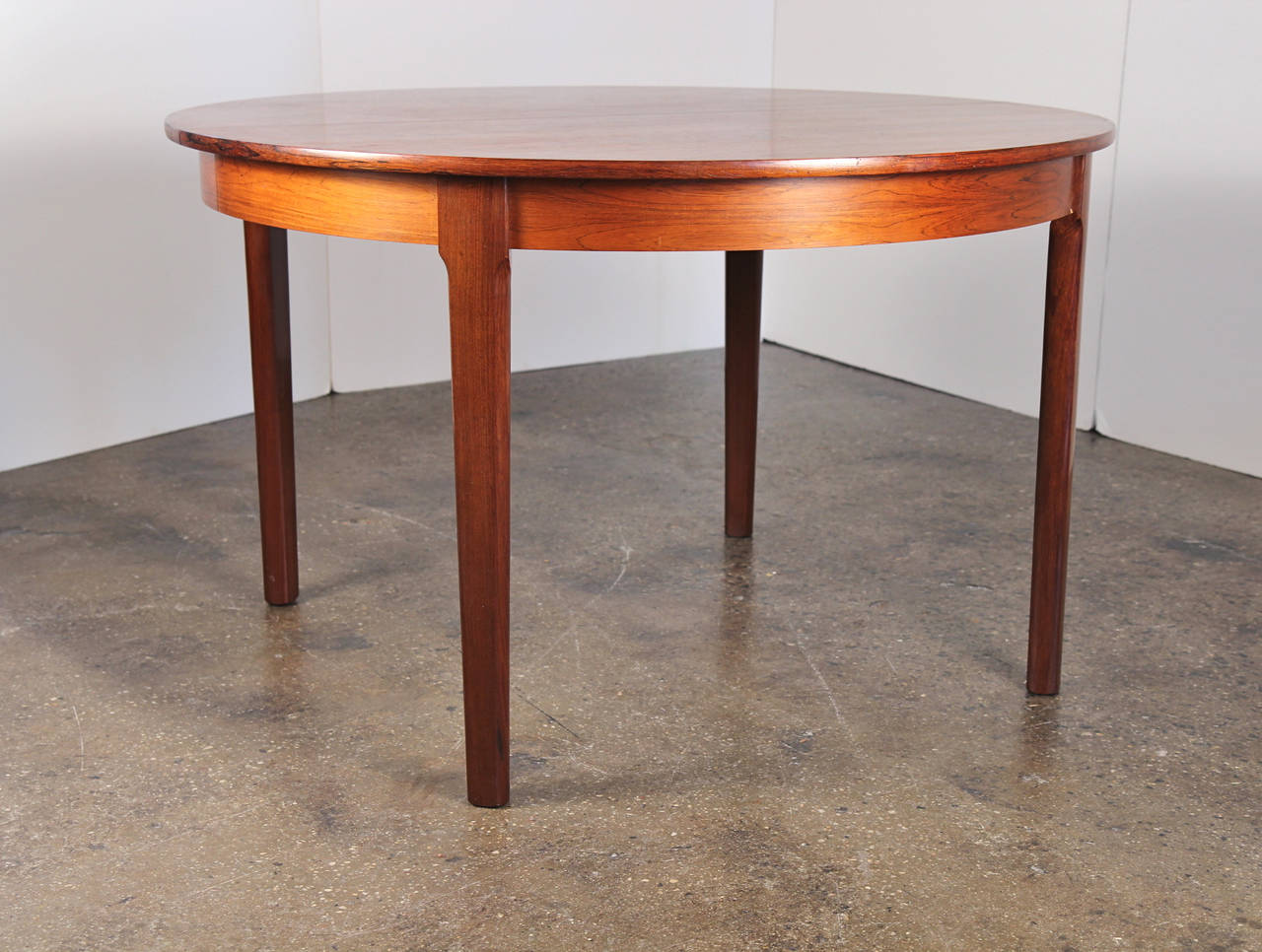 Danish Modern Rosewood Dining Table with Leaf 2
