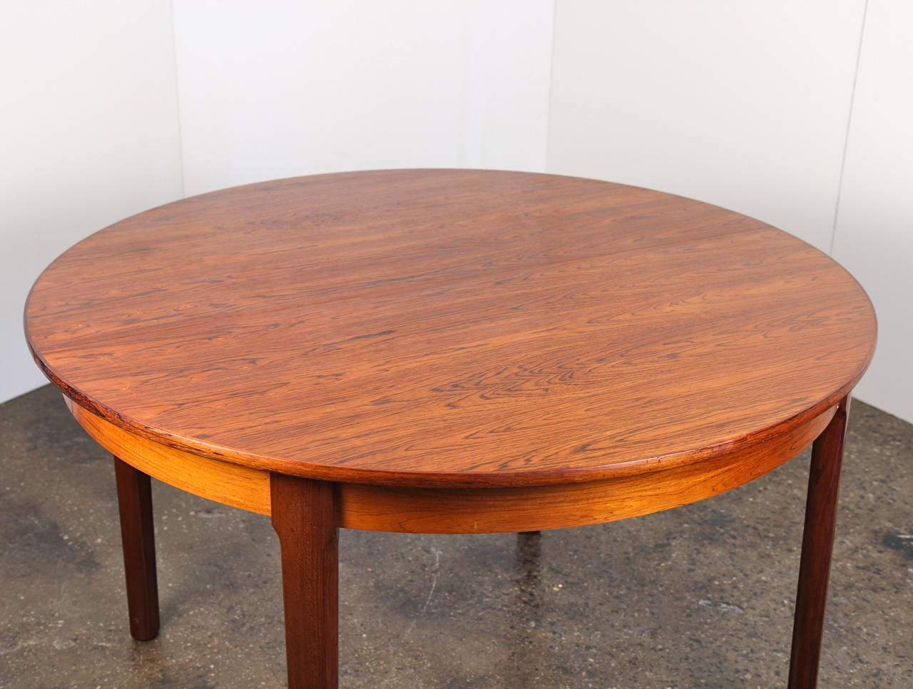 Danish Modern Rosewood Dining Table with Leaf 3