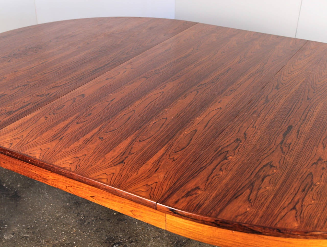Danish Modern Rosewood Dining Table with Leaf 5