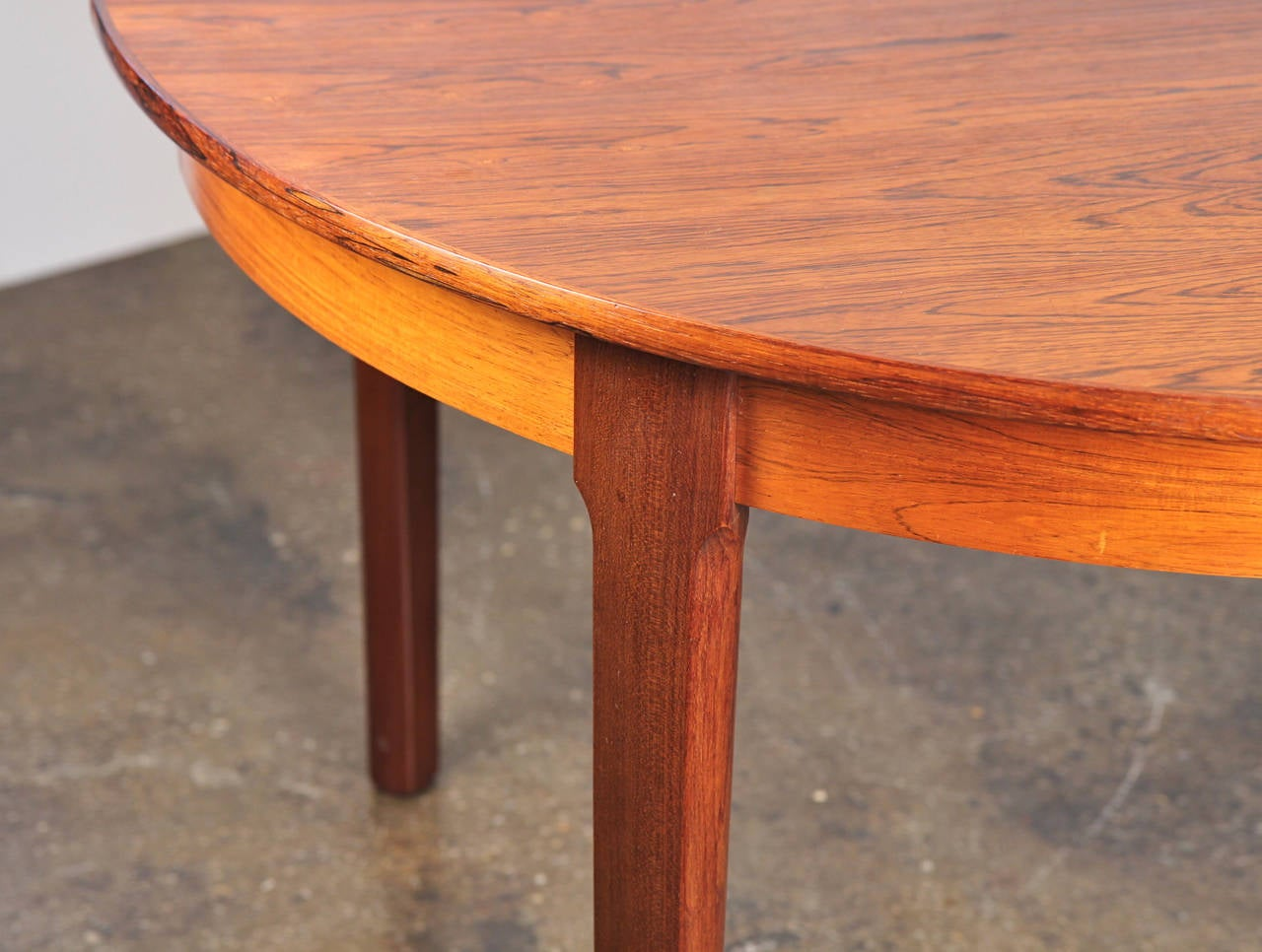 Danish Modern Rosewood Dining Table with Leaf 6