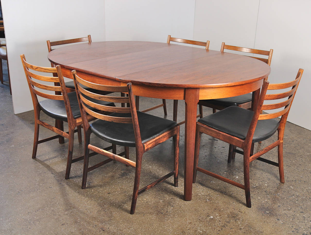 Danish Modern Rosewood Dining Table with Leaf 10