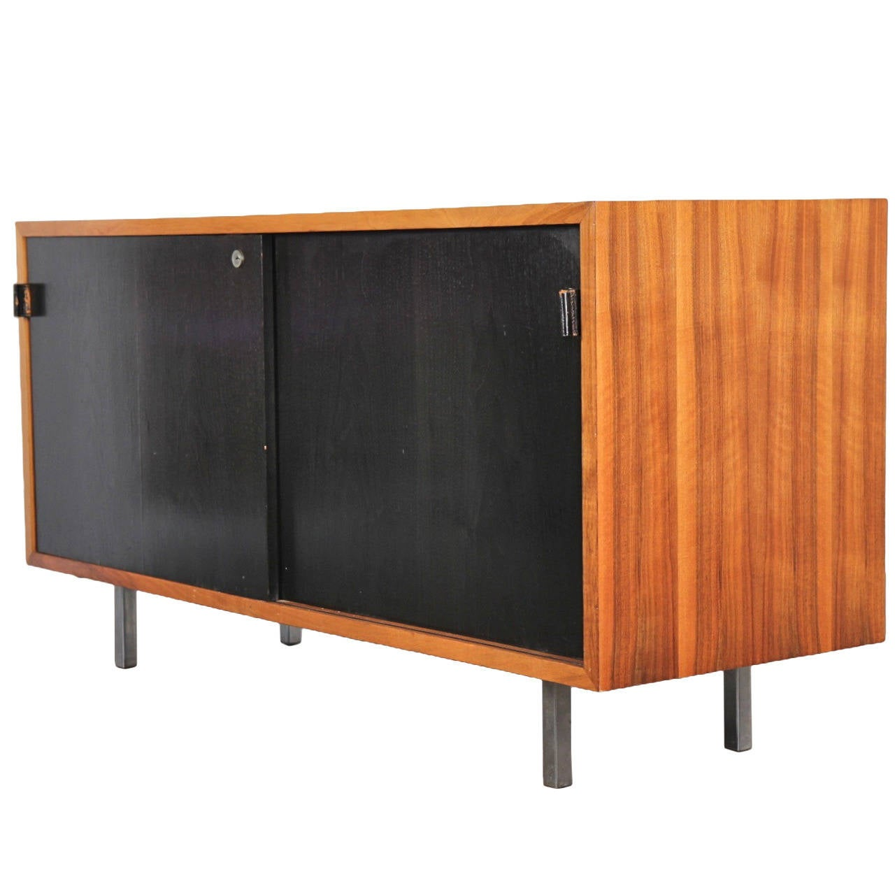 Small 1950s florence knoll walnut credenza cabinet at 1stdibs for 1950 s credenza