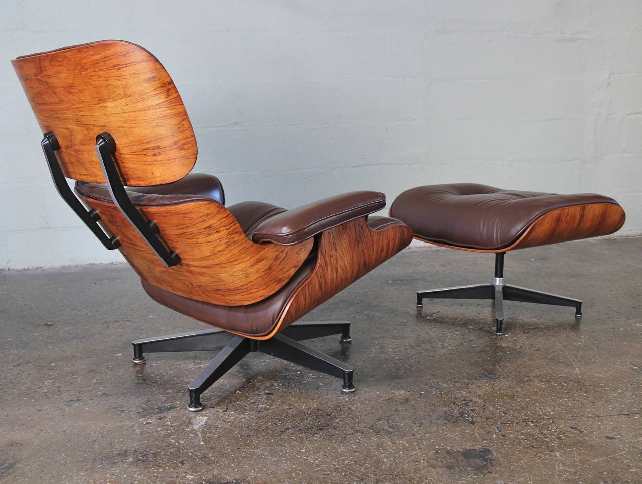 eames 670 lounge chair and 671 ottoman at 1stdibs. Black Bedroom Furniture Sets. Home Design Ideas