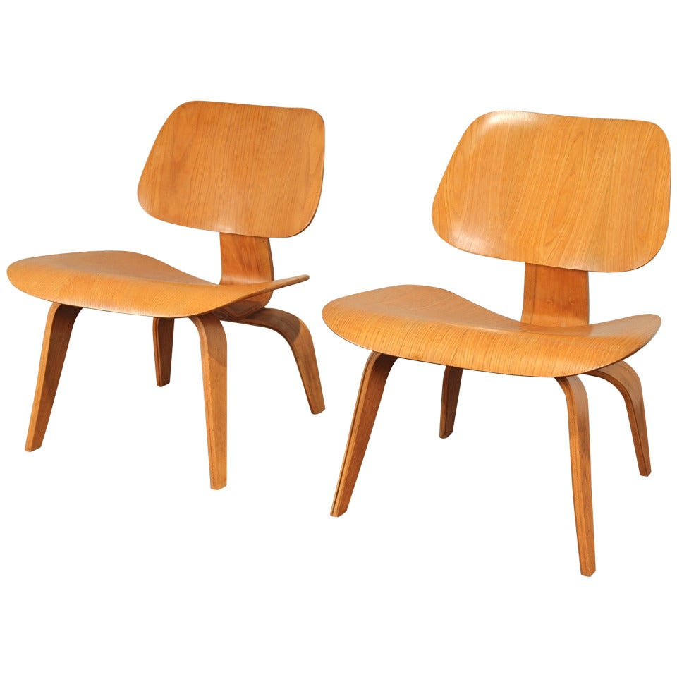 Pair Of Early Eames LCW For Evans For Sale