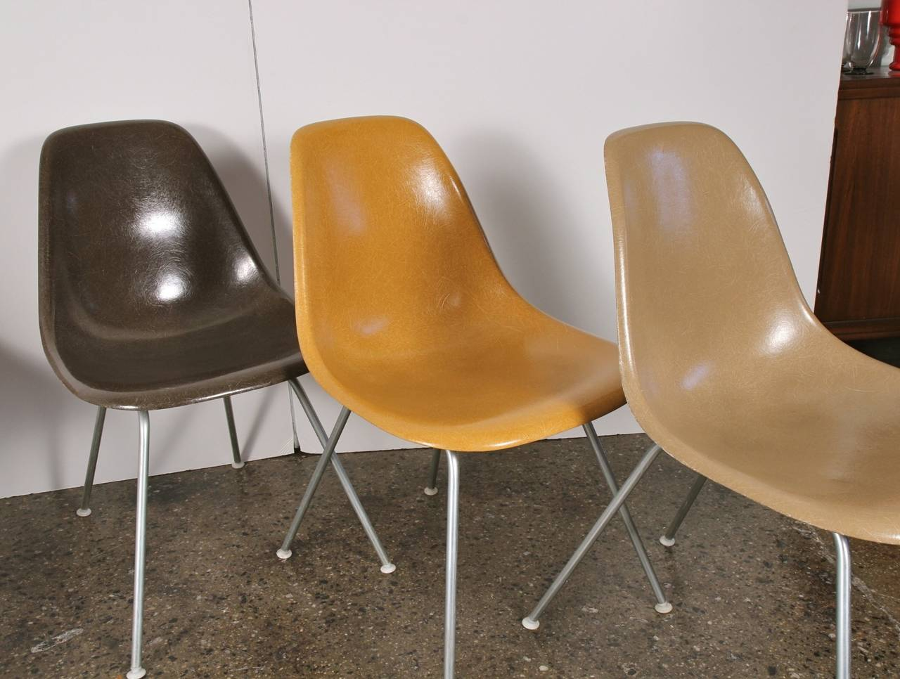 Original Eames Fiberglass Shell Chairs by Herman Miller For Sale 1