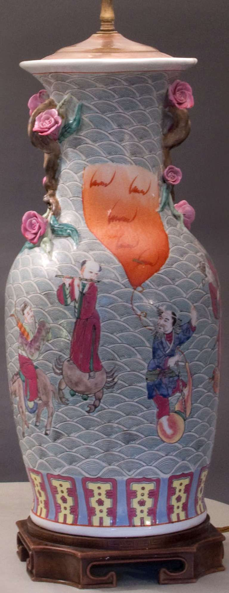Chinese Export Pair of Chinese Lamps Hand Decorated with Court Scenes For Sale