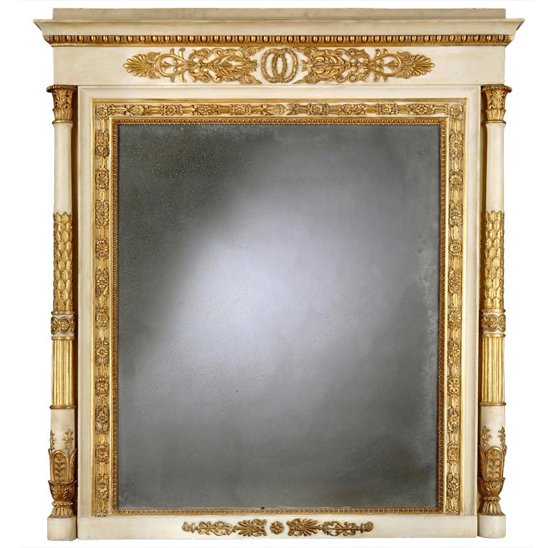 Neoclassical Style Italian White Painted and Giltwood Mirror