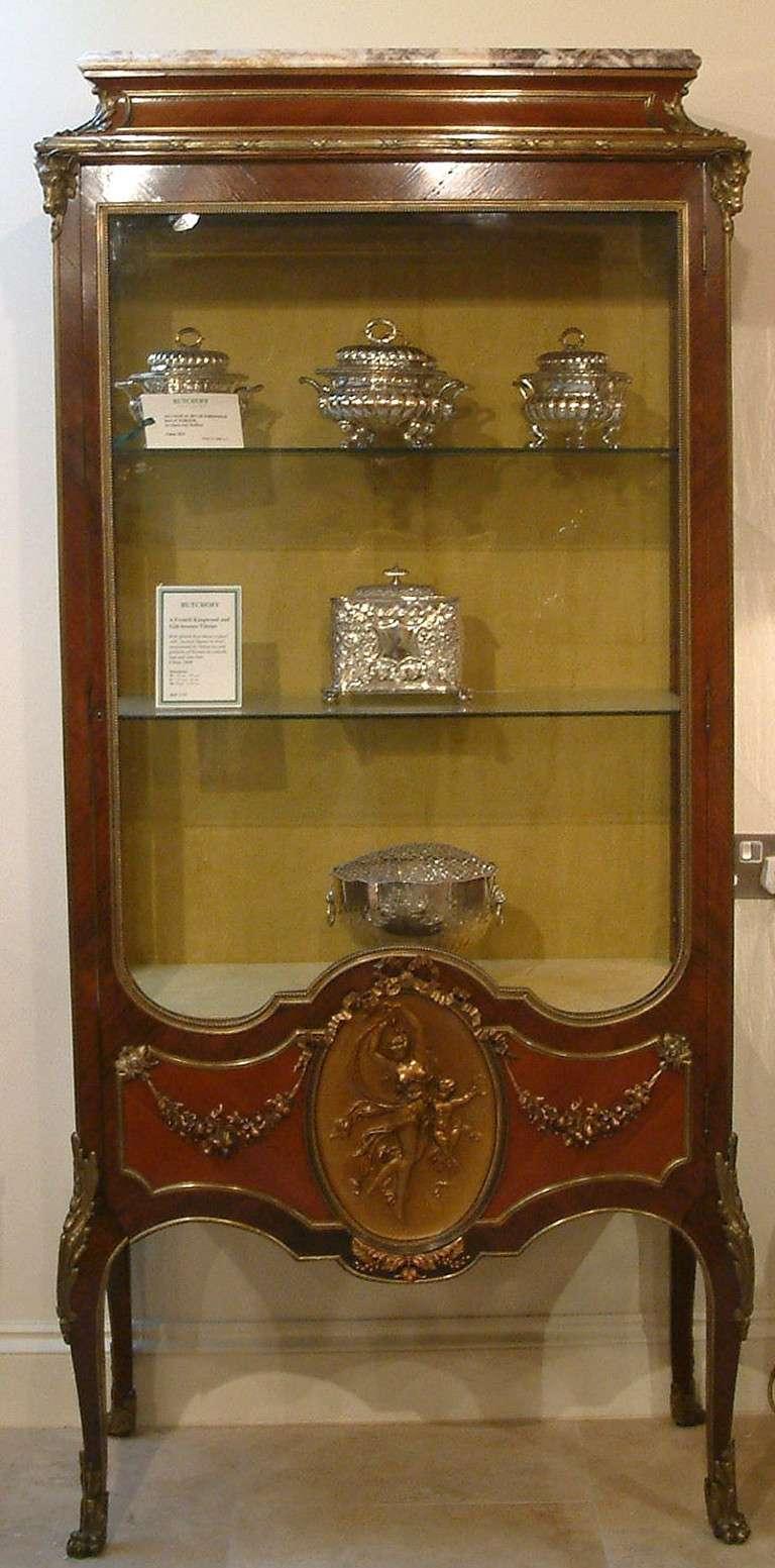 an antique louis xvi style vitrine at 1stdibs. Black Bedroom Furniture Sets. Home Design Ideas