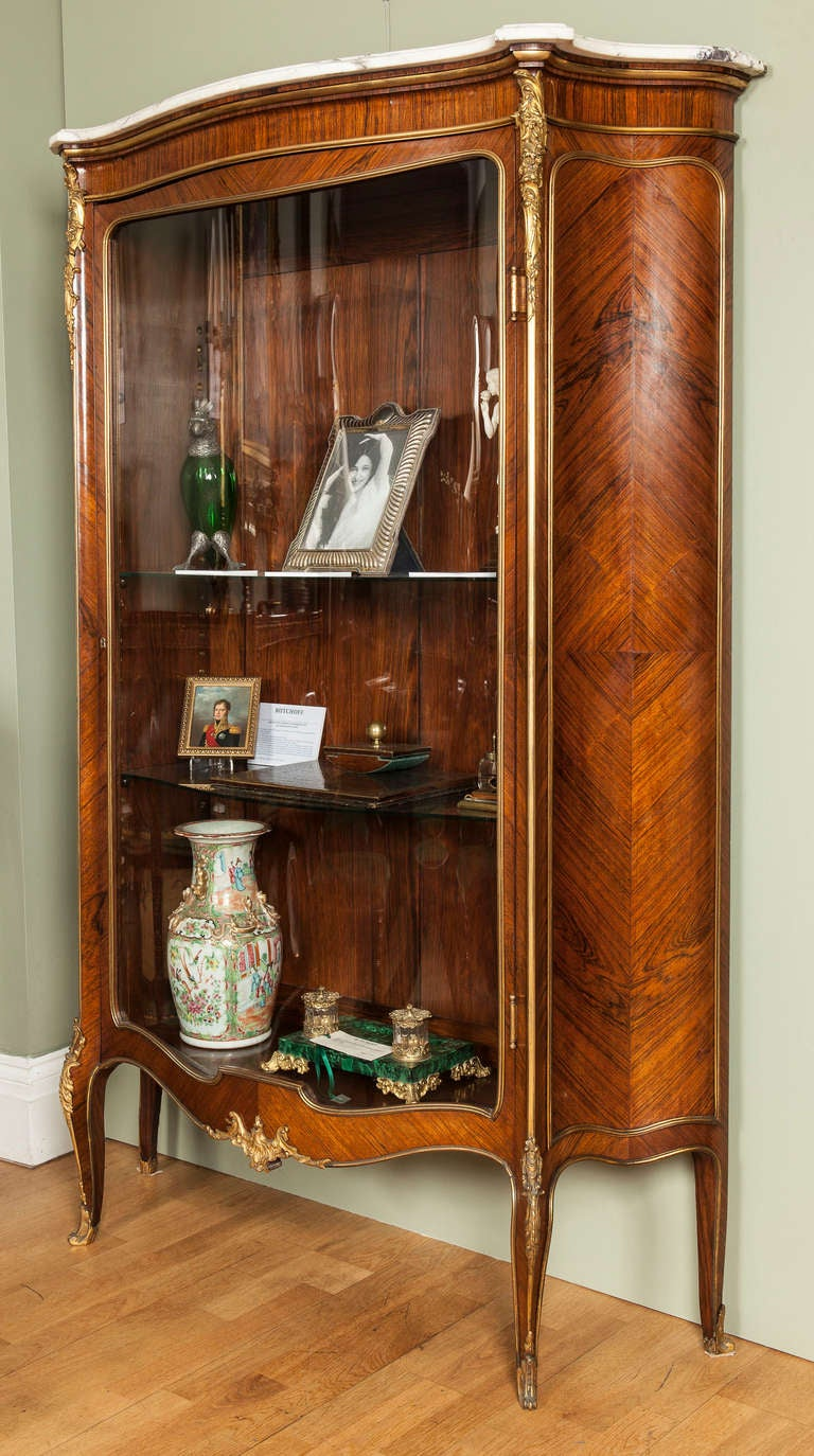 a french antique vitrine at 1stdibs. Black Bedroom Furniture Sets. Home Design Ideas