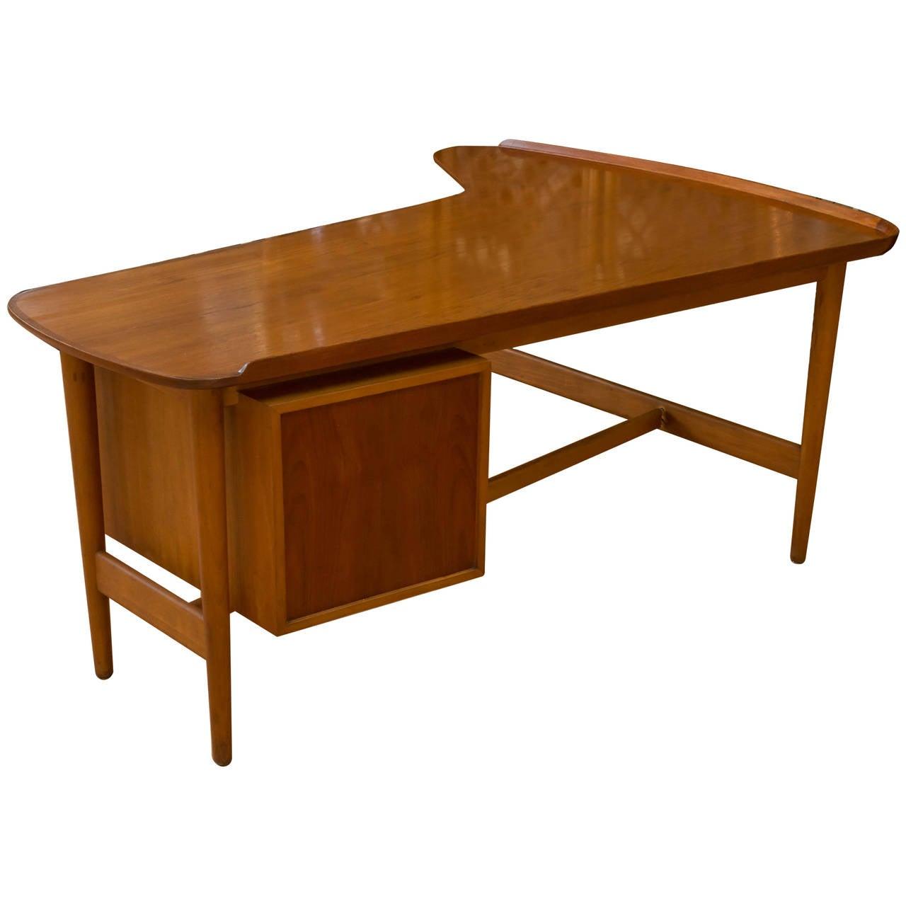 Rare 1952 Arne Vodder for Bovirke Boomerang Desk 1