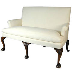 Walnut Settee with Shell-Carved Cabriole Legs with Claw and Ball Feet