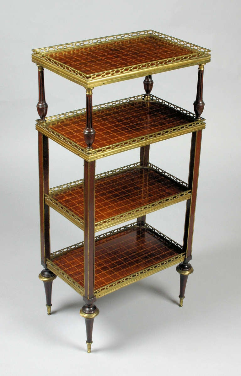 Good quality mid 19th century mahogany inlaid and brass mounted 4 tier etager - Etagere cases carrees ...
