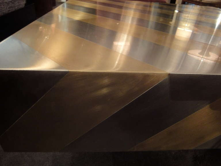 A square-shaped coffee table image 4