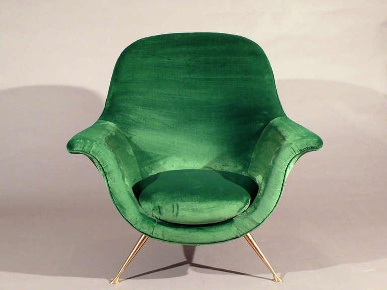 Elegant Armchair In Emerald Green Velvet 1950s At 1stdibs