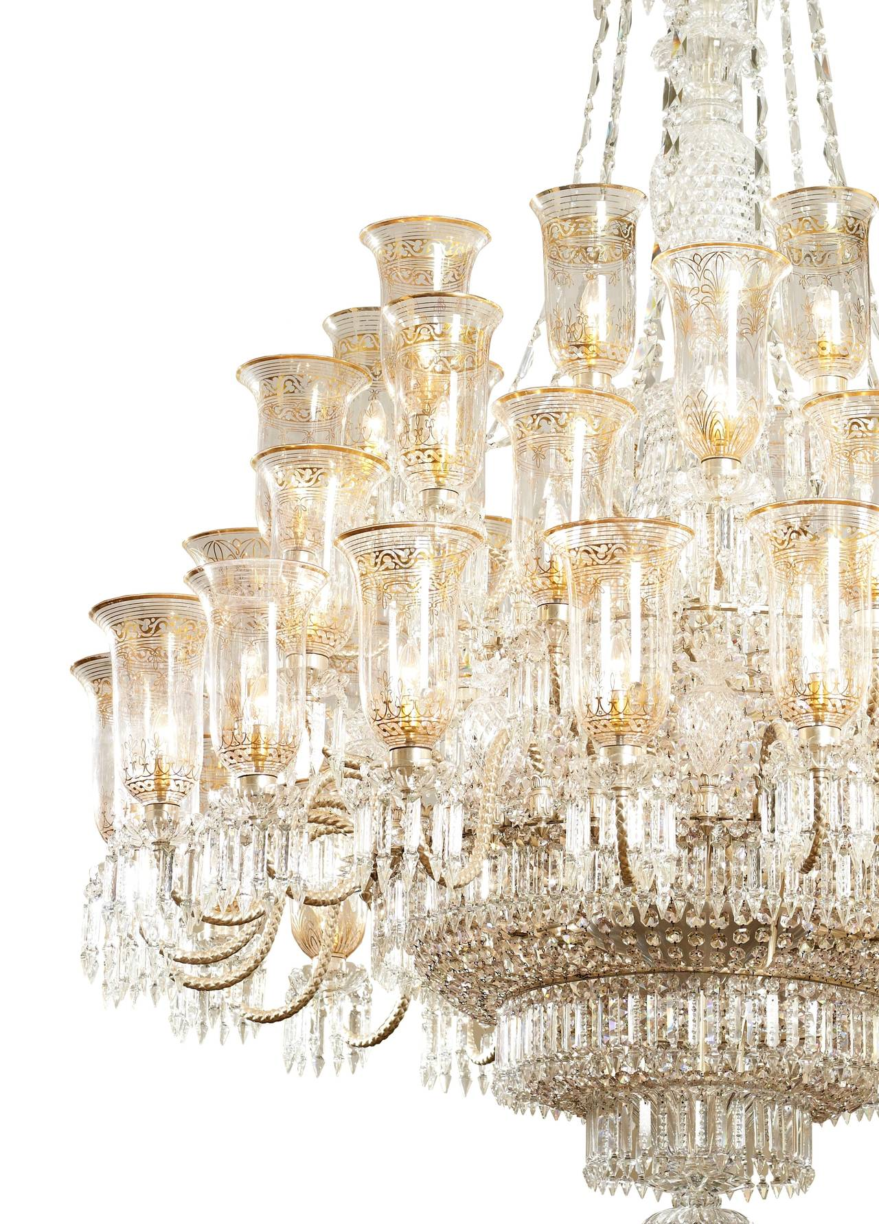 This exceptional, handcrafted antique chandelier is a truly magnificent  work of art. Unusual for - Very Large Cut-glass And Parcel-gilt Antique English Chandelier By F