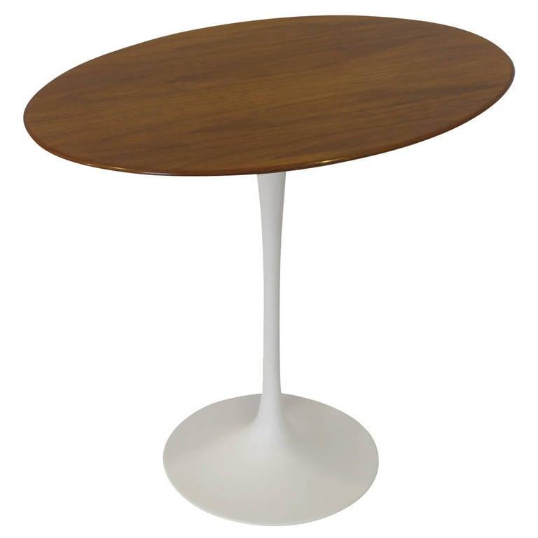 saarinen oval side table for knoll at 1stdibs. Black Bedroom Furniture Sets. Home Design Ideas