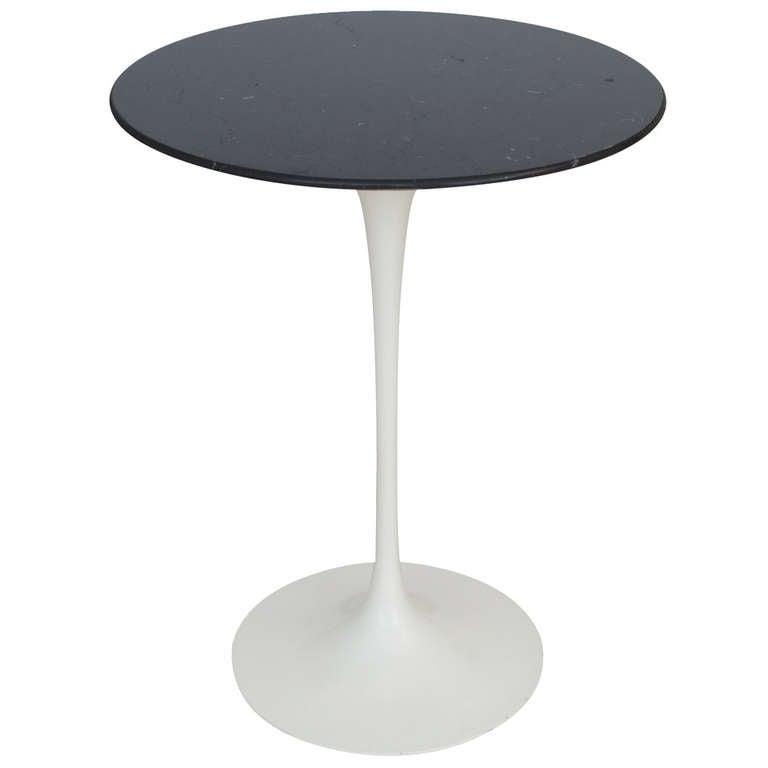 Eero Saarinen Knoll Side Table Black Carrara Marble Signed USA 1980's