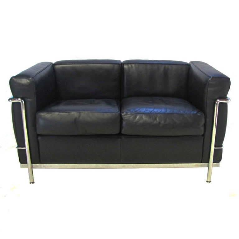 Sofa lc2 by le corbusier by cassina at 1stdibs - Canape lc2 le corbusier ...