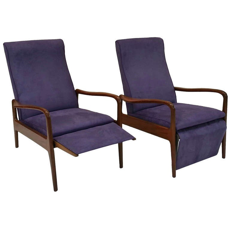 Greaves And Thomas Of Mayfair Pair Of Reclining Armchairs