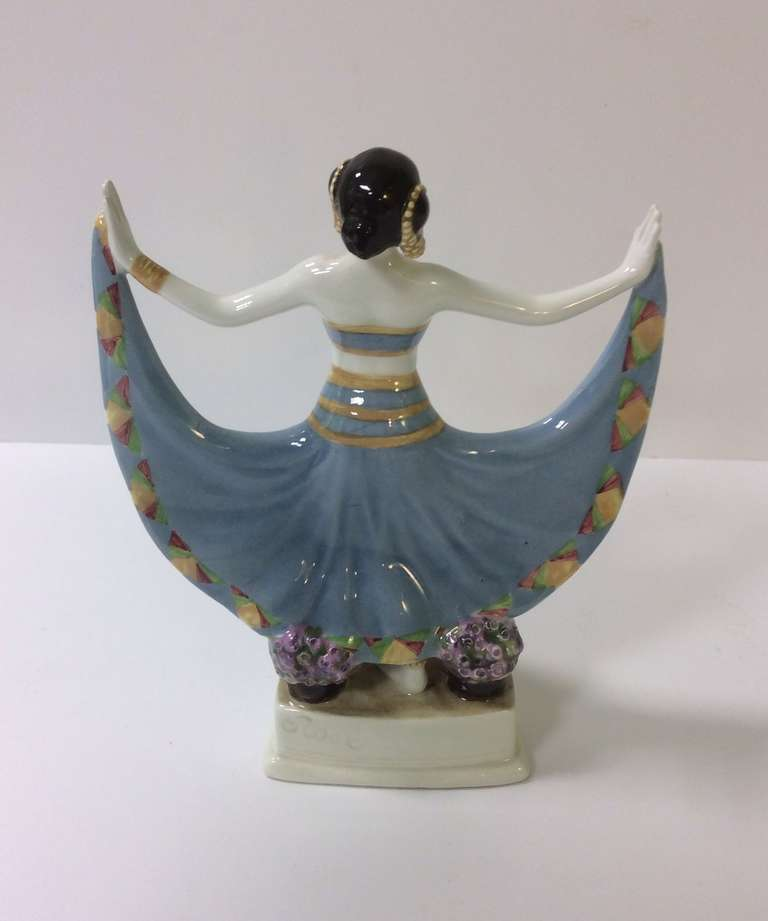 Goldscheider Art Deco Figure In Excellent Condition For Sale In London, GB