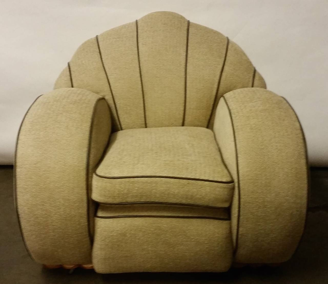 Great Britain (UK) Pair of Art Deco Armchairs For Sale