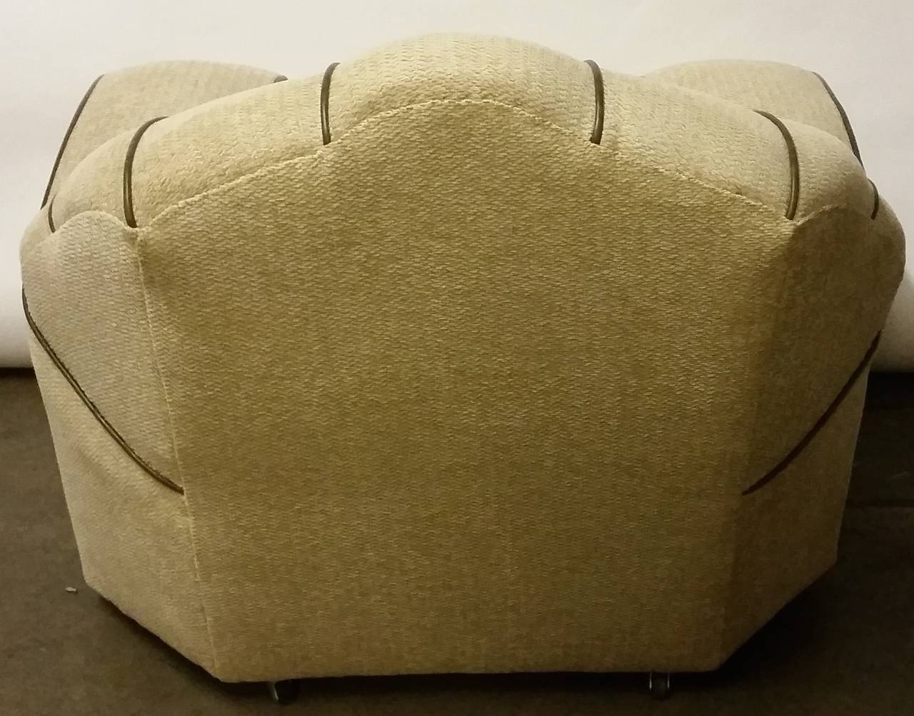 Mid-20th Century Pair of Art Deco Armchairs For Sale