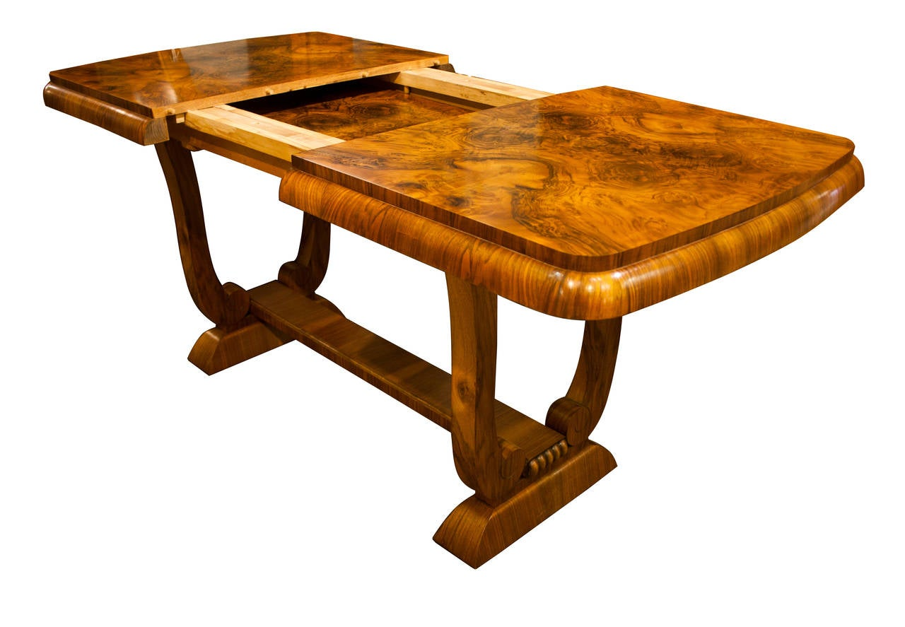 Art Deco Burr Walnut Extendable Dining Table At 1stdibs