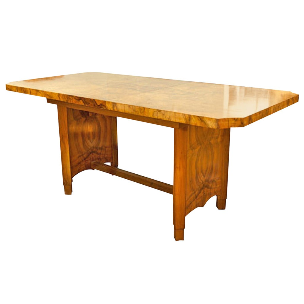Art deco extendable dining table at 1stdibs for Dining room extendable table