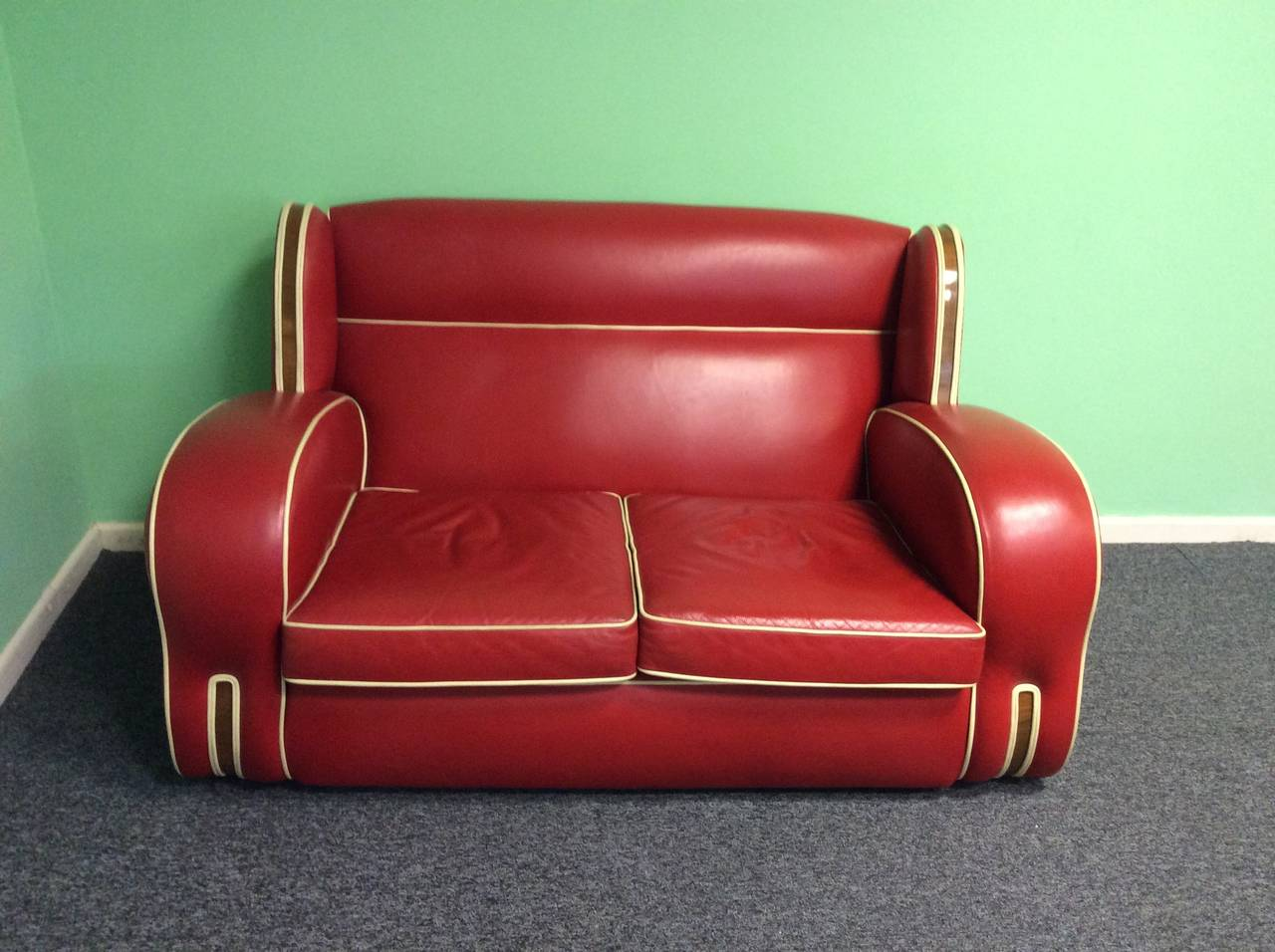 art deco red leather sofa at 1stdibs. Black Bedroom Furniture Sets. Home Design Ideas