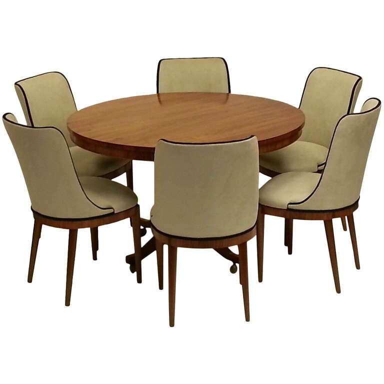 Art deco dining table and six chairs at 1stdibs for Dining room table and 6 chairs